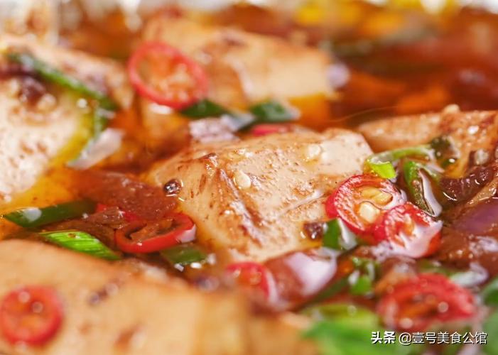 香辣锡纸焖豆腐 美食做法 第1张