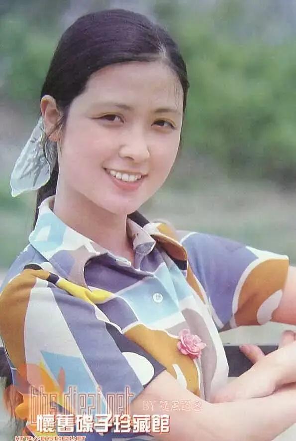 87版《紅樓夢》女演員現代裝有多美?鄧婕、張莉、陳曉旭個個絕色